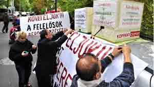 Éhségsztrájk Orbán házánál-Nem Adom a Házamat Mozgalom